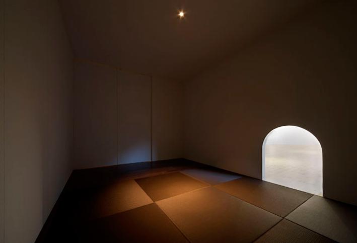 兵庫県にある教福寺の庫裏部分をイレブンナインがデザインいたしました。大阪・兵庫・神戸・京都・滋賀・和歌山、関西中心に、内外装建築の店舗デザイン・店舗設計・住宅建築・リフォーム・リノベーションなどのデザインをしています。