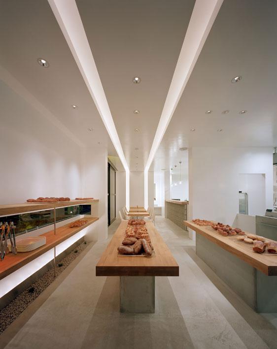 岐阜県可児市にあるベーカリーカフェBoulangerie N2/En carreはイレブンナインが設計いたしました。大阪・兵庫・神戸・京都・滋賀・和歌山、関西中心に、内外装建築の店舗デザイン・店舗設計・住宅建築・リフォーム・リノベーションなどのデザインをしています。